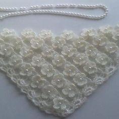 Best 10 L'âme Insolent / Crochet Ivory Gold Bridal Shawl por lilithist – SkillOfKing. Crochet Doily Rug, Crochet Shoes, Crochet Flowers, Knit Crochet, Easy Knitting Patterns, Crochet Stitches Patterns, Knitting Designs, Diy Crafts Crochet, Crochet Gifts