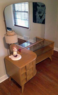 Square Drexel Heritage Occasional Table. Metro Detroit Craigslist. |  Craigslist Finds | Pinterest