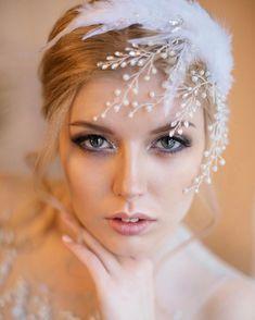 90 вподобань, 1 коментарів – Свадебные Украшения (@pearls_for_brides) в Instagram: «Свадебный гребень с нежными цветами и ветряками из натурального жемчуга, прозрачных кристаллов и…»