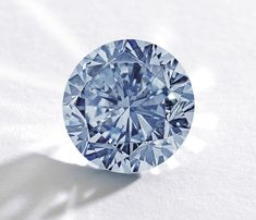 The Premier Blue 7.59ct Internally Flawless Fancy Vivid diamond, one of the top lots at Sotheby's Magnificent Jewels and Jadeite Autumn Sale on 7 October 2013, failed to sell.