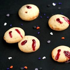 Kiss from a vimpire cookies