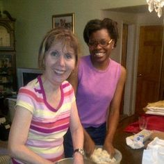 Annette and Elaine baking our cookies in lesson one. Stay tuned for part two when we are going to decorate.