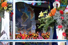 Aguardando el instante en que dé la bienvenida el Excelentísimo Apóstol de Jesucristo Naasón Joaquín García a las 53 Naciones que se dieron cita en la Hermosa Provincia.