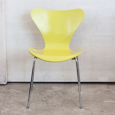 Arne Jacobsen 3107 Chair Yellow