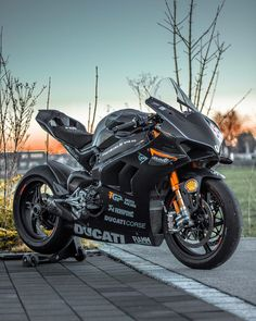Developing technology and new cars technologies, actual car news, of your car problems and solutions. All of them and more than on begescars. Ducati Motorbike, Motorcycle Dirt Bike, Yamaha Bikes, Futuristic Motorcycle, Moto Bike, Honda Scrambler, Ducati 1299 Panigale, Ducati Diavel, Vespa Scooter