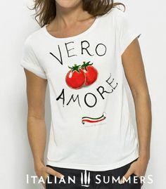 T-shirt with Italian print POMODORI AMORE shirts by Italian Summers. Design by Lisa van de Pol and Claudio Assandri