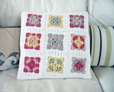 Cool pattern Crochet cushion 2