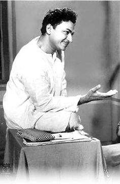 Rajkumar - An analysis of the phenomenon Celebration Love, Legendary Singers, Old Images, James Bond, Elephants, Cinema, Actors, Celebrities, People