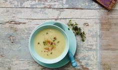 Sellerie-Apfelsuppe Rezept: Eine fruchtige Suppe mit Äpfeln, Kartoffeln und Sellerie für kalte Tage - Eins von 7.000 leckeren, gelingsicheren Rezepten von Dr. Oetker!