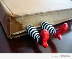 Another cool thing I found, but want to make myself... WizardofOzbookmark