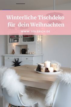 Tischdeko für Weihnachten - #thanksgivingtablesettings Winter Table, Fall Table, Painted Candlesticks, Thanksgiving Table Settings, Decoration Table, Fairy Lights, Entryway Tables, Christmas Decorations, Sweet Home