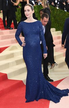 """Emily Blunt attends the """"Manus x Machina: Fashion In An Age Of Technology"""" Costume Institute Gala at Metropolitan Museum of Art on May 2, 2016 in New York City."""