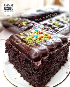PASTAHANE USULÜ ISLAK KEK - Nefis Yemek Tarifleri Food Crafts, Yogurt, Cake Recipes, Food And Drink, Cooking Recipes, Pudding, Yummy Food, Chocolate, Desserts