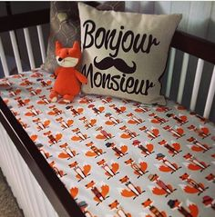 Say FOX - Fox crib sheet par Babiease would be soooo cute un a baby boy room !!!