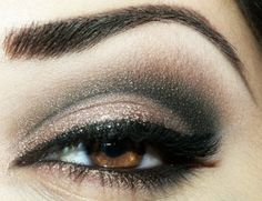Great shadow for brown eyes.