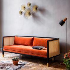 Möbel und Accessoires im Mid-Century-Stil