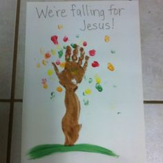 Our preschool class made these fall trees! Falling For Jesus!!  awww I love this!