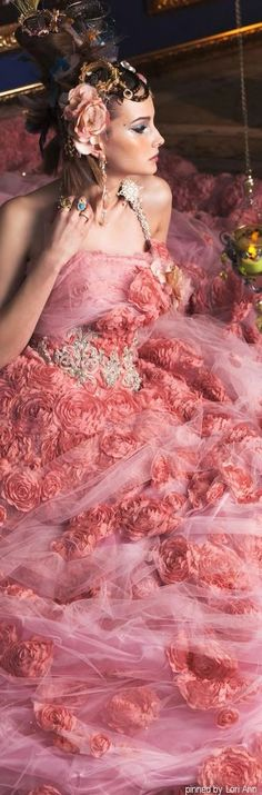 STELLA DE LIBERO, the most beautiful pink dress!