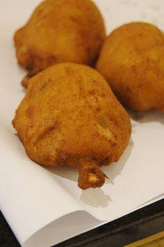 Receita de Coxa Creme - 150 gr manteiga , 4 1/2 xícaras (chá) de farinha de trigo , 1 1/2 litros de caldo do cozimento do frango , 4 colheres (café) de sals...