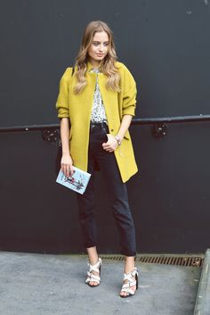 Sonya Esman from http://classisinternal.com/ at London Fashionweek 2014 in a topshop outfit