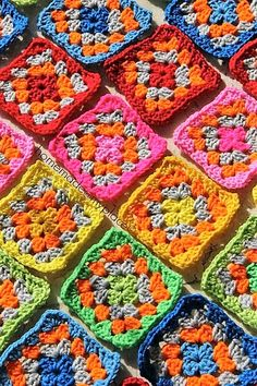 Granny squares for a triangular cushion !!!!