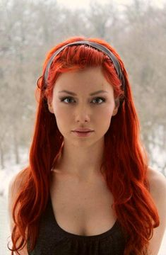 20 Hot Color Hair Trends - Latest Hair Color Ideas 2020 - My best makeup list Beautiful Red Hair, Beautiful Redhead, Beautiful Women, Red Hair Woman, Latest Hair Color, Red Hair Color, Hair Colors, Bright Red Hair, Neon Colors