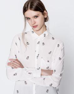 Chemise imprimée manches longues - Blouses et chemises - Vêtements - Femme - PULL&BEAR France