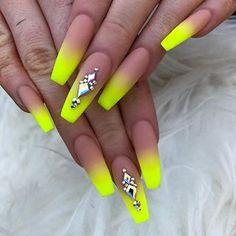 Neon Yellow Ombré @Pinterest || ShycreeMeredith