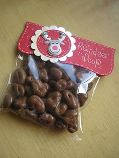 Hi, I love this forum and often try to copy things but i,m not very good:confused:--last year i did some Reindeer food and Reindeer poop--they were ok but i was wondering where you get all the lovely bag toppers some of you use? Christmas Stall Ideas, Christmas Fayre Ideas, Christmas Craft Fair, Christmas Sweets, Christmas Goodies, Diy Christmas Gifts, Christmas Projects, Christmas Holidays, Christmas Bazaar Ideas