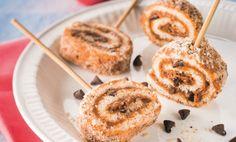 Sucettes à la pâte de spéculoos, pépites de chocolat et poudre de noisettes   A Vos Assiettes