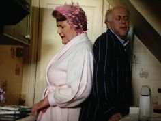 "Keeping Up Appearances ""Would you remove yourself from my person. British Tv Comedies, British Comedy, British Actors, Keeping Up Appearances, My Person, Comedy Tv, Great British, Classic Tv, Keep Up"