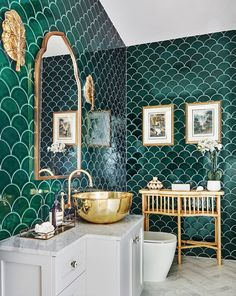 Home Interior Classic This powder room for example is quite busy in terms of design with green scalloped wall tiles lots. Bad Inspiration, Bathroom Inspiration, Cool Bathroom Ideas, Quirky Bathroom, Minimalist Bathroom, Bathroom Tile Designs, Bathroom Interior Design, Art Deco Bathroom, Interior Ideas
