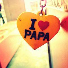 Log apni diary me mahobbat ko likhte hai.mene apni diary me papa❤ likha hai. Love U Papa, Dear Mom And Dad, Miss You Dad, Love You Dad, Sister Love, Love My Parents Quotes, Mom And Dad Quotes, I Love My Parents, Daughter Quotes
