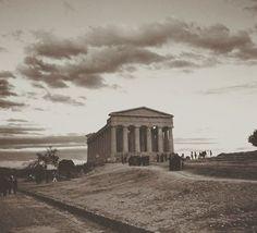 "Tempio ""della Concordia"". #valledeitempli #agrigento #mandorloinfiore #beautiful #igers #igersitalia #igerssicilia #ig_italia #ig_sicilia #ig_sicilia_ #ig_agrigento #vintage #quadro #sky #instagram"
