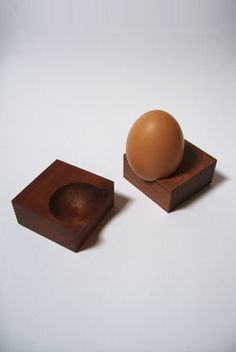 Ouf..! perfectly imperfect, egg holder designed for c.quoi, france