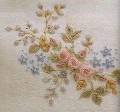 More beautiful ribbon embroidery. Wool Embroidery, Silk Ribbon Embroidery, Hand Embroidery Patterns, Vintage Embroidery, Embroidery Stitches, Machine Embroidery, Brazilian Embroidery, Heirloom Sewing, Embroidery Techniques