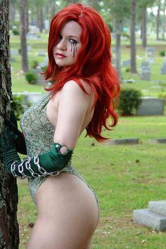 Dawn cosplay