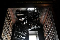 Trinity College: at the Old Library, Long Room. Dublin - Photos: Melissa Becker