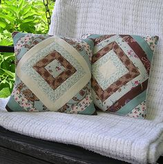 https://flic.kr/p/6XfKkb | Copy of pillowcovers 001 | A pair of shabby chic pillow covers made from Moda Hartfield fabric.