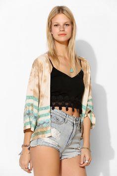 WYLDEHEART Lace Ring Kimono Jacket - aaaaaand nothing else she's wearing! :)