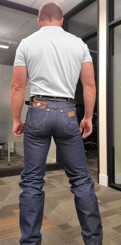 image Boots And Jeans Men, Men In Tight Pants, Hot Country Boys, Mens Leather Pants, Cowboys Men, Cowboy Up, Wrangler Jeans, Sexy Men, Hot Guys