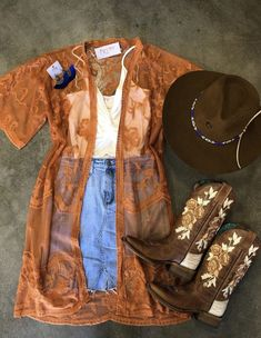 The Effective Pictures We Offer You About Concert Outfit grunge A quality picture can tell you many Cute Cowgirl Outfits, Western Outfits Women, Country Style Outfits, Southern Outfits, Rodeo Outfits, Cute Outfits, Summer Country Outfits, Cowgirl Look, Country Concert Outfit