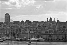 Dalla mia finestra Mattino in controluce su Genova 7 novembre 2013 - ore 10.00