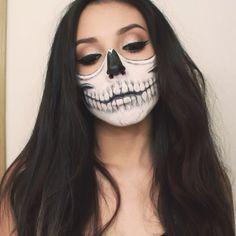 Glam skull look