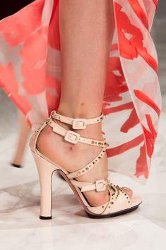 Blumarine at Milan Fashion Week Spring 2016. Settimana Della Moda Di  Milano. Blumarine Spring Summer 2016 Accessories Collection ... ffd02bfa7c6