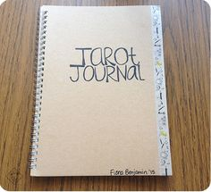How to start a tarot journal and different methods of journaling with your tarot cards.