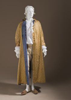 Man's At-home Robe (Banyan), France, circa 1760, Silk satin with supplementary weft float patterning; lined with striped plain weave silk. LACMA See detail here: http://www.pinterest.com/pin/278589926923439238/