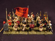 Small figures that depict the Almoravids. They were a group of Islamic in the western Sahara.