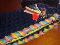 Clutche trapillo-crochet Modelo LGTB