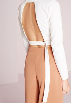 Missguided - Long Sleeve Tie Back Crop Top White